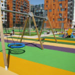 Чем покрыть бетон на детских площадках и придомовой территории?